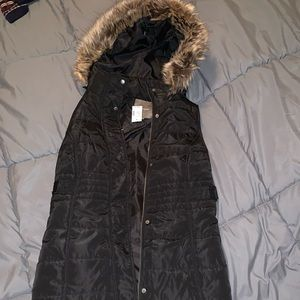 Maurices long black zip up vest (removal hood)